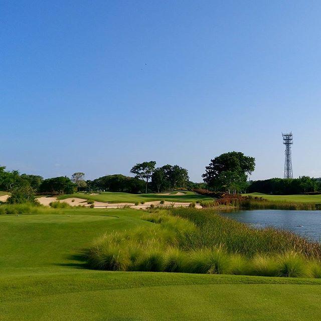 bali national golf#baligolf  #golf  #golfer  #balinationalgolfclub #ゴルフ #バリ島ゴルフ#南国ゴルフ - バリ島 ゴルフ