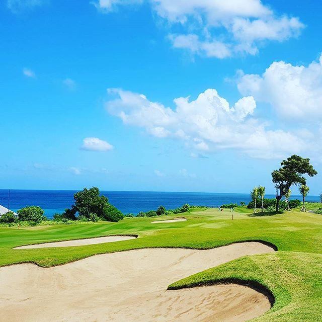 ニュークタゴルフ14番ホール#bali #baligolf #newkutagolf #バリ島ゴルフ #バリゴルフ #ニュークタゴルフ #リゾートゴルフ #南国ゴルフ - バリ島 ゴルフ