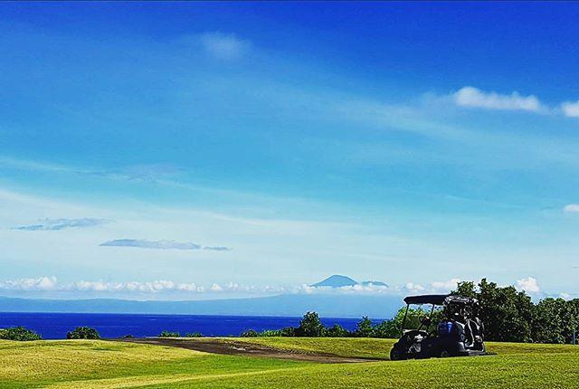 雨季も終わりが近づいてきました。毎日天気いいです!#newkutagolf #バリ島旅行 #golfstagram #ゴルフ #golf #golfindonesia #バリ島ゴルフ #南国ゴルフ - バリ島 ゴルフ