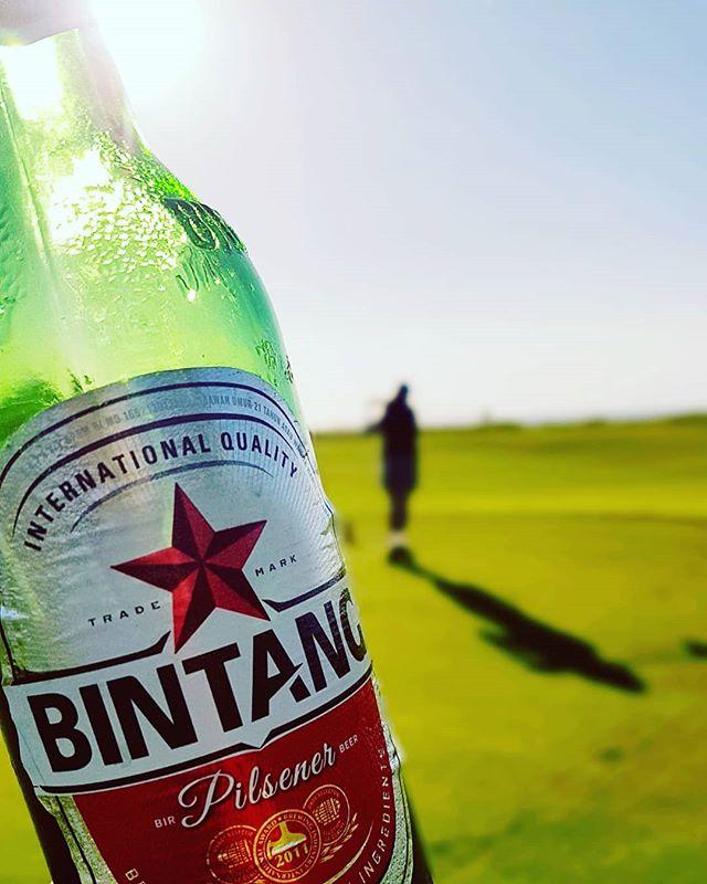 new kuta 15H天気も良いしビンタンもウマーい!! #バリ島#バリ島旅行 #バリ島ゴルフ#南国ゴルフ #エンジョイゴルフ #ゴルフ女子#ゴルフ#ゴルフ好き #ゴルフ好きな人と繋がりたい #baliindonesia #baligolf#newkutagolf #golfstagram#golfindoneaia#enjoygolf #ビンタンビール #bintangbeer - バリ島 ゴルフ